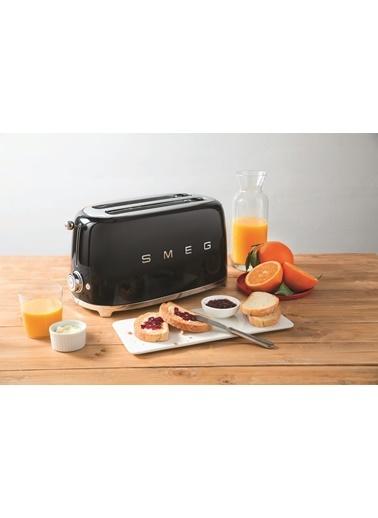 Smeg TSF02BLEU Linea 50's Retro Style Siyah Dörtlü Ekmek Kızartma Makinesi Siyah